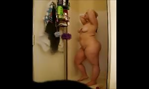 Cheating overweight Gina shoots a load