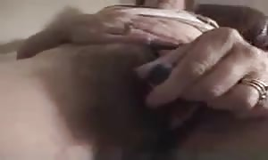 tonguing the wifey vagina real well
